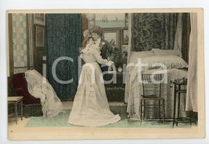 1900 ca CUSTOMS Newlyweds in their bedroom (2) - Vintage Postcard FP