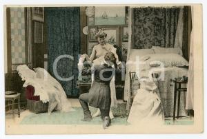 1900 ca VINTAGE EROTIC Newlyweds in their bedroom (5) - Postcard FP