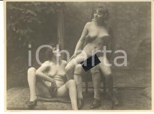 1930 ca VINTAGE EROTIC Threesome - Two women and a man (2) RARE PORN Photo 11x9