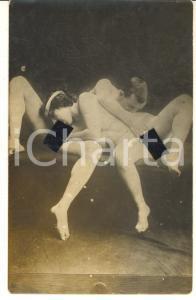 1910 ca VINTAGE EROTIC Nude couple having oral sex (6) RARE Photo PORN RPPC