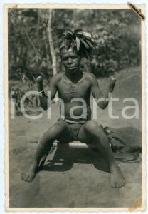 1930 ca AFRICA - SCARIFICATION Mutilated man without hands - Postcard RPPC