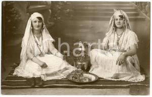 1910 ca TURKEY Women drinking turkish tea ÇAY - Postcard FP NV