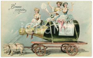 1904 BONNE ANNEE Pigs towing champagne bottle cart with can can girls - Postcard