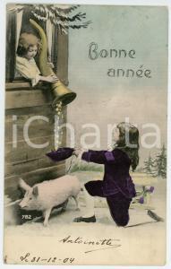 1900ca BONNE ANNÉE Children with pig and cornucopia - Postcard FP VG