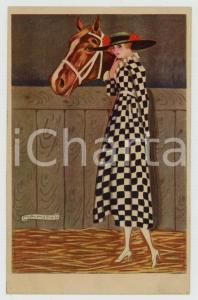 1920ca MODA Donna con vestito a scacchi e cavallo Ill. Giovanni NANNI Cartolina