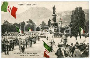 1918 WW1 - TRENTO Alpini in Piazza Dante - Cartolina ANIMATA FP NV