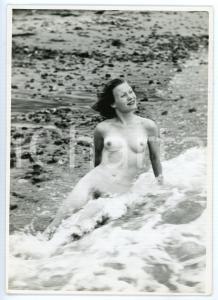 1970 ca DENMARK VINTAGE EROTIC Nude woman outdoor on the beach - Photo 10x15 cm