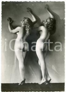 1950 ca VINTAGE EROTIC Nude young women from behind - Photo risque 10x15 cm