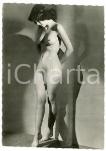 1950 ca VINTAGE EROTIC Young nude woman standing - Photo risque 10x15 cm