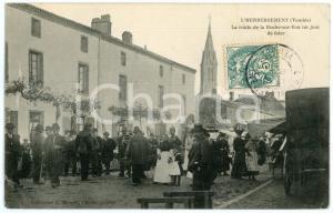 1907 L'HEBERGEMENT (Vendée / FRANCE) Route de Roche-sur-Yon un jour de foire