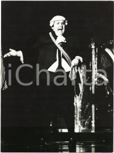 1985 ca BRAZIL - TEATRO - Jo SOARES - Un personaggio - Foto di scena (5)