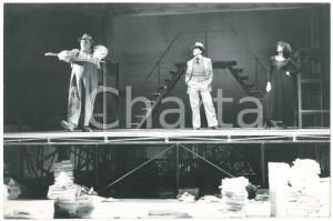 1975 MILANO TEATRO UOMO