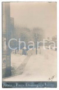 1915 ca MILANO Piazza Sant'Ambrogio d'inverno - Foto ANIMATA 9x14 cm