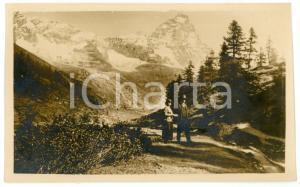 1915 ca ALPI ITALIANE (?) Coppia di escursionisti - Cartolina FP NV