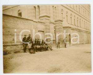 1916 WW1 TORINO Ingresso Caserma CERNAIA - Gruppo di ufficiali - Foto 10x8 cm
