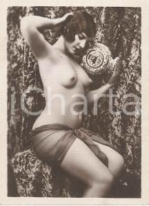 1930 ca EROTICA VINTAGE Nude woman with a vase - Photo 6x9 cm