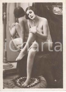 1930 ca EROTICA VINTAGE Nude woman with pillow and mirror - Photo 6x9 cm