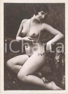 1930 ca EROTICA VINTAGE Nude lady with pearl necklace - Photo 6x9 cm