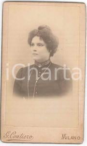 1880 ca. MILANO - Ritratto di donna con collana lunga - Foto CONTIERO CDV