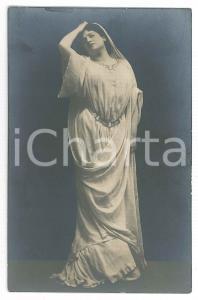 1915 ca TEATRO CLASSICO - Attrice in posa - Cartolina RPPC (1)
