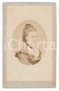 1870 ca. INTRA -Ritratto di giovane in abito e treccia raccolta *Foto IMPERATORI