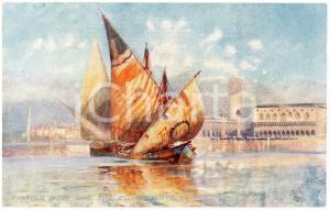 1920 ca VENICE Fishing boat off the Fondamenta Venice - Postcard WIDE WIDE WORLD