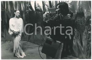 1976 TEATRO Manuela KUSTERMANN con il costume di
