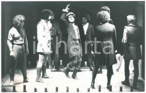 1976 TEATRO